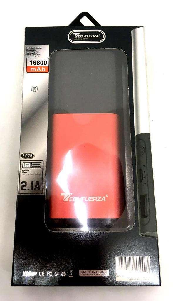 Power bank TechFuerza alto rendimiento de 16800 mAh 0