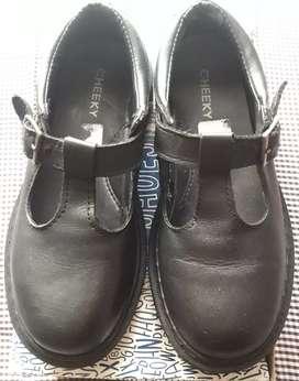 Zapatos colegiales cheeky29