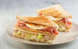 Busco joven o srta experta en sándwich