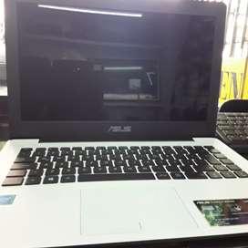 Computador portátil Asus 500dd 2ram