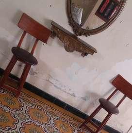 Vendo sillas para  bar  en madera