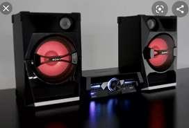 Vendo equipo de sonido marca : SONY SHAKE 33