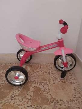 Triciclo nuevo rosado niña de 2 a 5 años