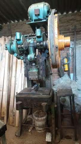 Troqueladoras y Montaje para Fabricacion