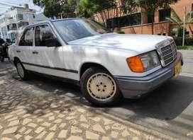 Mercedez Benz  260, clase E