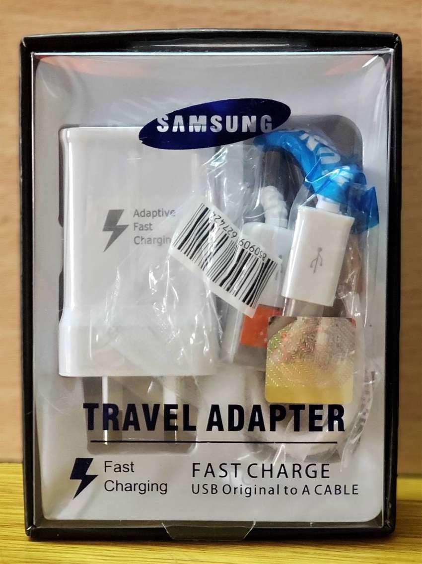 Cargador 2 en 1 Original Samsung Micro USB J8 J8 Plus Carga rapida