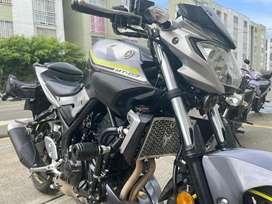 Yamaha MT 03  MT3