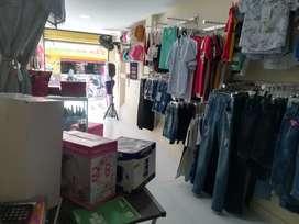 Vendo Almacén de ropa y calzado