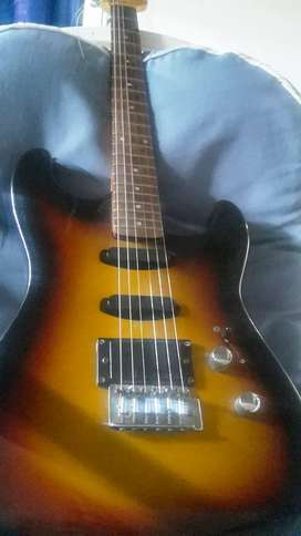 Guitarra Eléctrica Honner