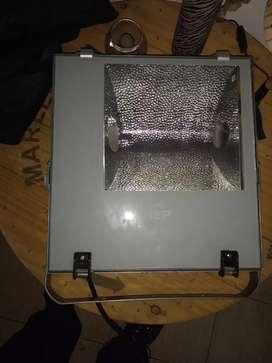 Reflector para lámparas bajo consumo