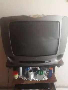 Televisor LG convencional