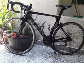 Bicicleta de ruta full carbono