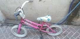 Bici nena chiquita con rueditas
