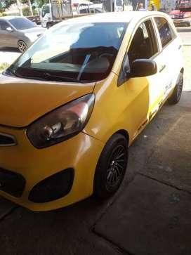Vendo taxi Picanto ión 2014
