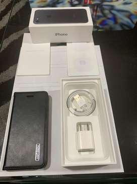 Iphone 7 de 32 Gb color negro;  completamente nuevo.