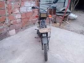 Vendo ciclomotor zanela buen estado