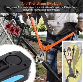 Bicicleta Luz Frontal ALARMA ANTI-ROBO   Luz frontal Recarga USB con alarma ANTI-ROBO