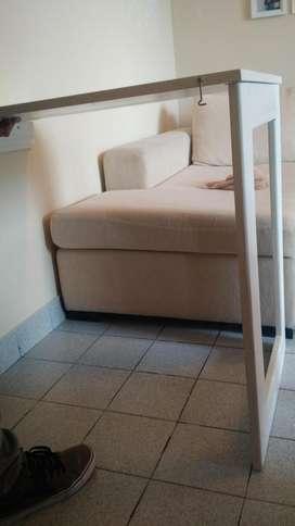 Mesa rebatible a pared, muy buen estado, poco uso