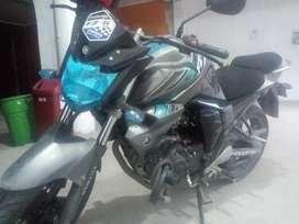 Se vende mota yamaha FZ 150 uso particular bien conservada, soat al día, kilometraje 6,000 de recorrido.