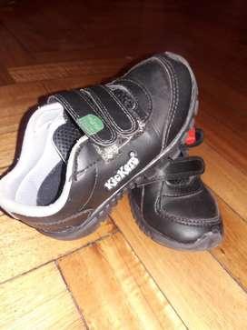 Zapatillas Kickers de Cuero