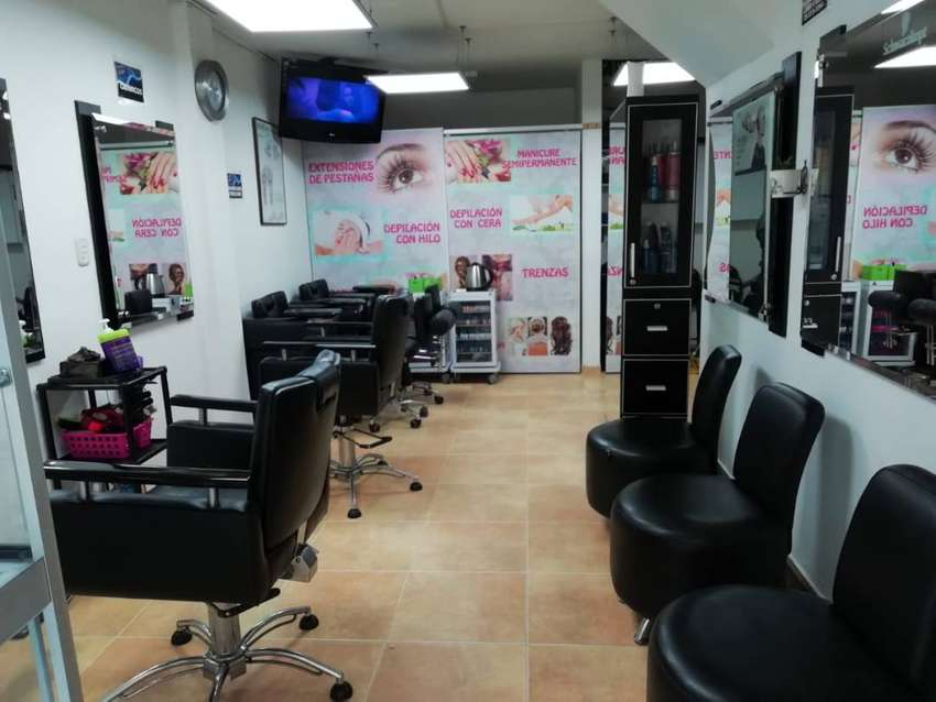 Combo de muebles de peluqueria usados 0