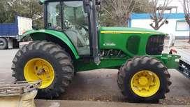 Tractor John Deeere
