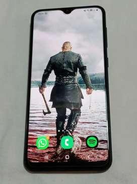 Celular Samsung A20 de 32 gb para Movistar
