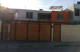 SE ALQUILA ESPACIOSA CASA EN EL CENTRO DE LA CIUDAD - #A541