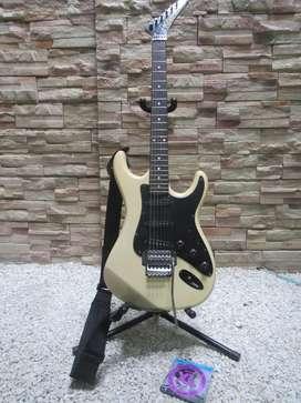 Guitarra Eléctrica Kramer Striker 300st Korea + Encordado D'Addario EXL120
