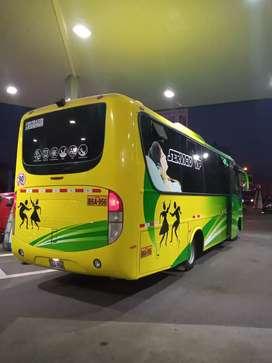 Bus Mercedes Benz minibús lo 915 turístico