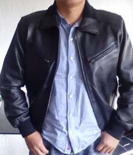 Vendo chaqueta 100 % puro  cuero