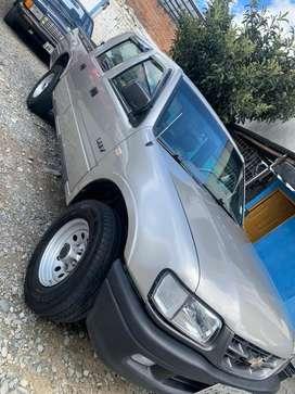 Chevrolet Luv doble cabina 2004