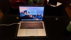 Macbook pro touchbar 2017 - 16 GB Ram - 512 GB de memoria