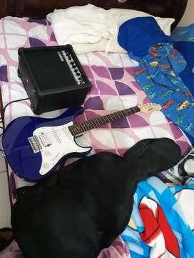 Guitarra Electrica yamaha EG112C en perfecto estado
