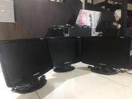 Monitores, CPUS, accesorios de computadora.