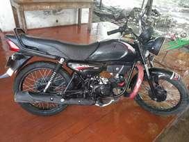 Vendo moto HERO ECO 100