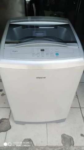 Lavadora Whirlpool de 28 libras