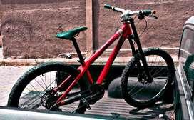 Vendo o cambio bicicleta rigida commencal