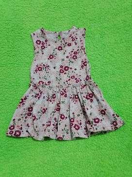 Vestido marca Offcors, talla 6-9 meses