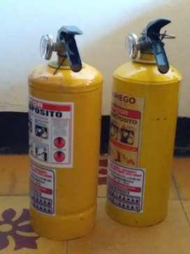 Vendo 2 Extintores De 5  Lbs..recargable .usado  C/u  $ 18.000