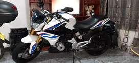 Moto BMW en muy bn estado