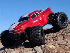 Carro RC Monster Truck Volcano 16. RadioControl. 40 km/h. Con luces. Control 2.4Ghz. 4x4.