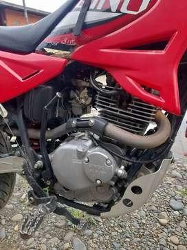 Bendo moto qingqi 200 año 2016
