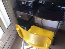 Escritorio para computadora + silla