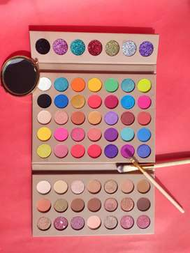 Paleta de sombras Full Of grace marca original de Miis Cosmetics