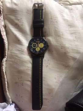 Reloj para hombre con correa negra