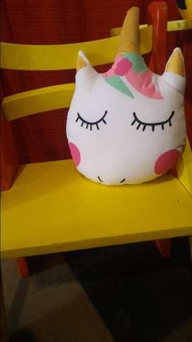 Almohadon unicornio nuevo