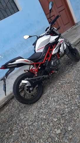 Se vende moto benelli 150 cc