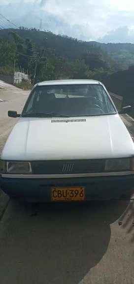 Carro Fiat.