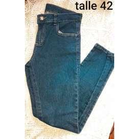 Jeans de dama elastizado talle 42